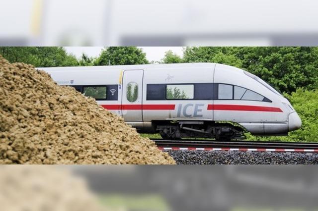 Mehr als die Hälfte der ICE-Züge defekt