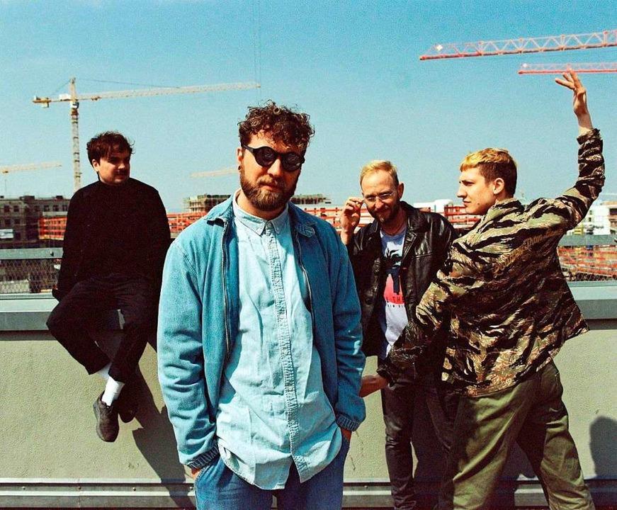Mit seiner Band Otto Normal tritt Pete...cklin (Zweiter von links) in Lahr auf.  | Foto: Veranstalter