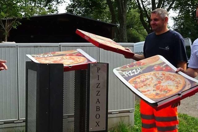 In Waldkirch gibt es jetzt einen Mülleimer nur für Pizzaschachteln
