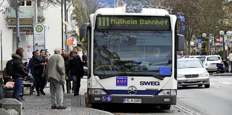 Wo werden künftige Busverbindungen aus...neuen Nahverkehrskonzept entschieden.   | Foto: Volker Münch