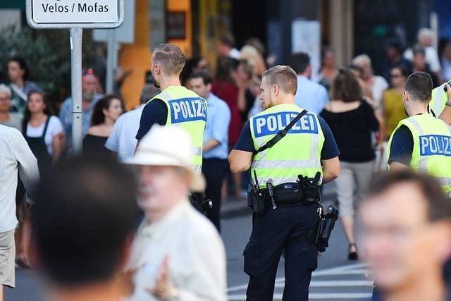 Die Basler Polizei will bei Personenkontrollen sensibler werden