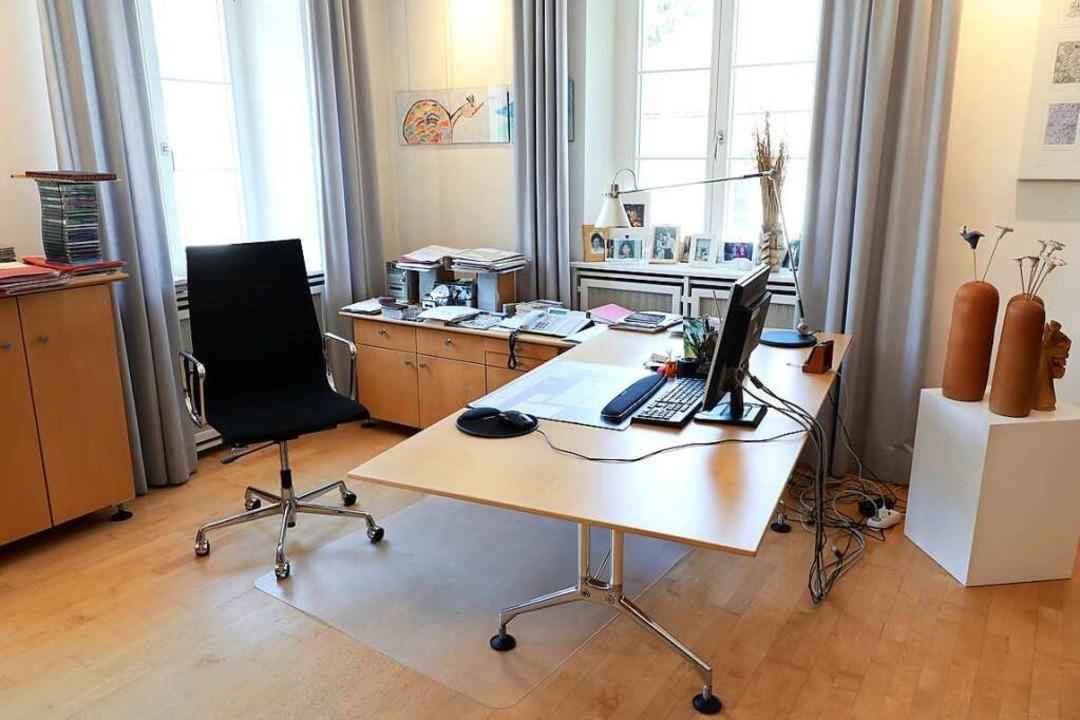 So sieht das Büro von Noch-OB Wolfgang...s – wer wird nach ihm einziehen?  | Foto: Christoph Breithaupt