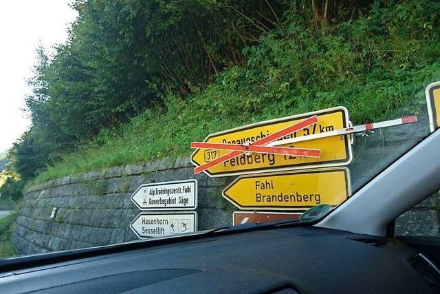 B317 wurde zwischen Todtnau und dem Feldberg irrtümlich voll gesperrt