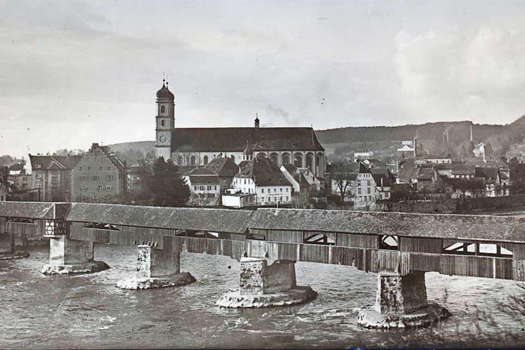 Die Säckinger Holzbrücke und das Frido...uf einer historischen Aufnahme um 1919  | Foto: Stadtarchiv Bad Säckingen