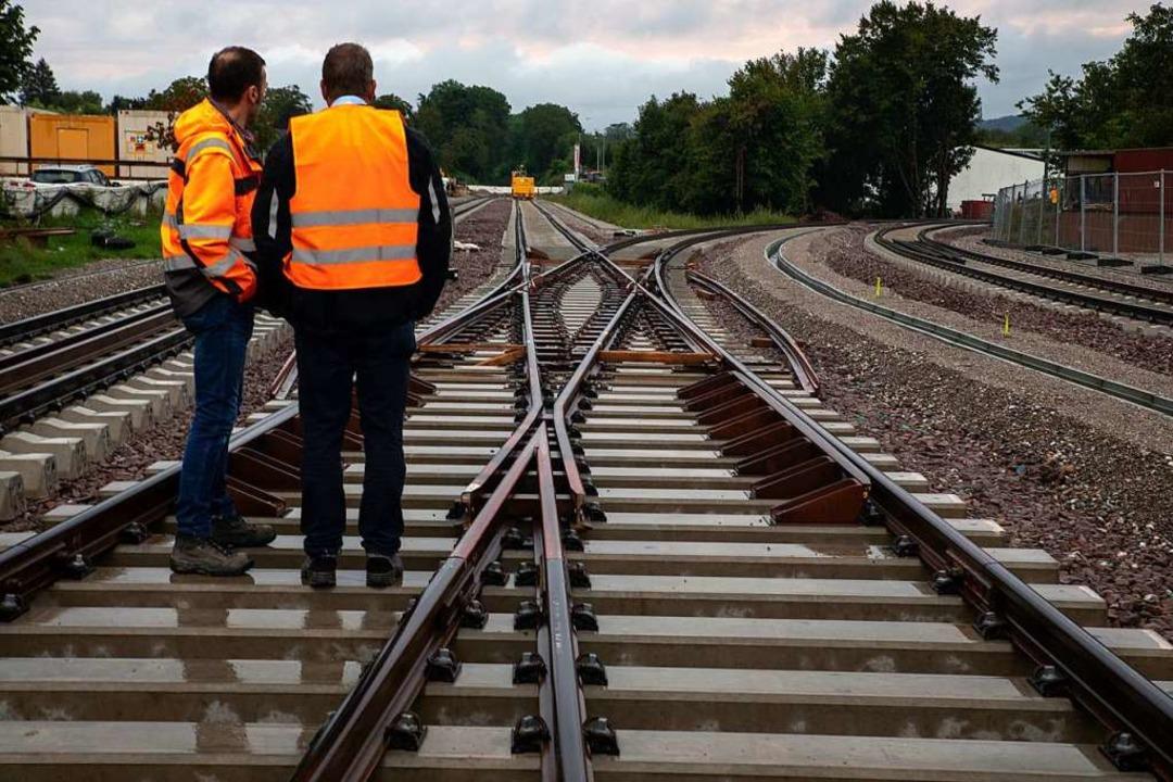 Eine Schlüsselstelle der ganzen Streck... Rechts zweigt die Kaiserstuhlbahn ab.  | Foto: Hubert Gemmert