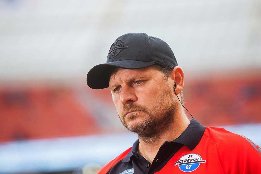 Paderborns Trainer Steffen Baumgart  | Foto: Rolf Vennenbernd (dpa)