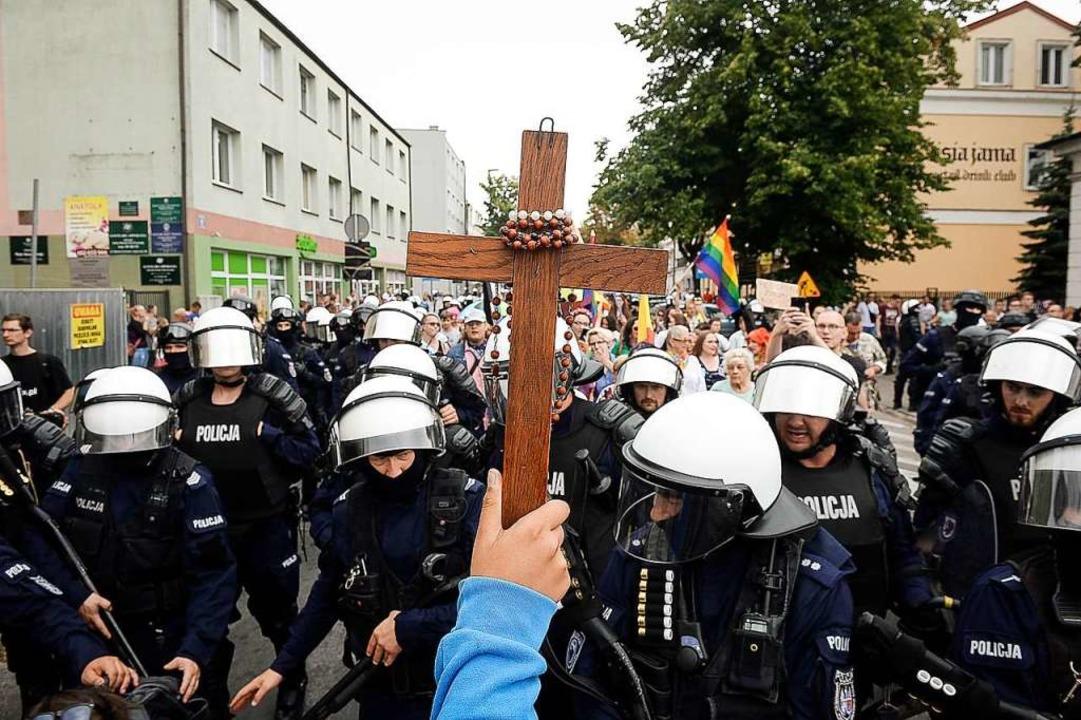 LGBT-Marsch für Gleichberechtigung in Polenoto  | Foto: Wiktor Dabkowski (dpa)