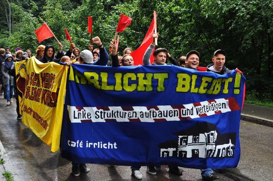 Bewegte Geschichte: Demonstration für den Erhalt des Irrlichts im Jahre 2011  | Foto: Nicolai Kapitz
