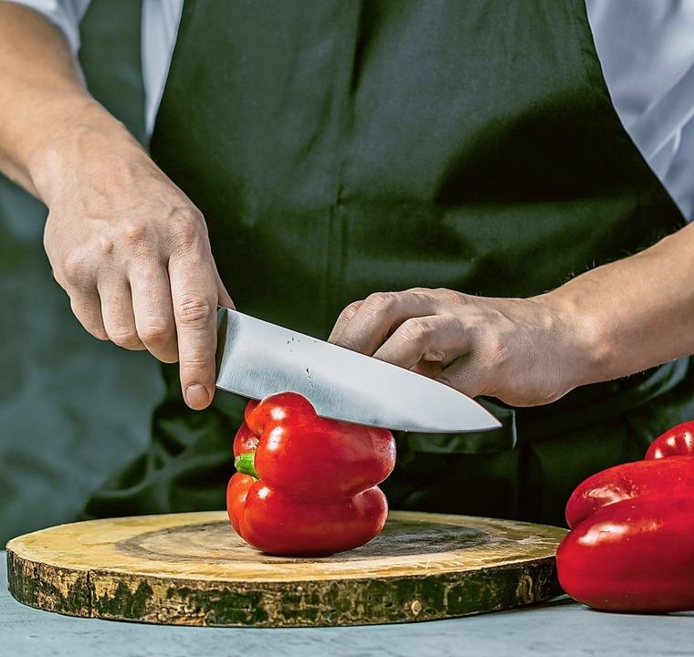 Die Gastronomie hat es neben Pflege, B..., ihre Ausbildungsstellen zu besetzen.  | Foto: karepa-Belov/Fotolia