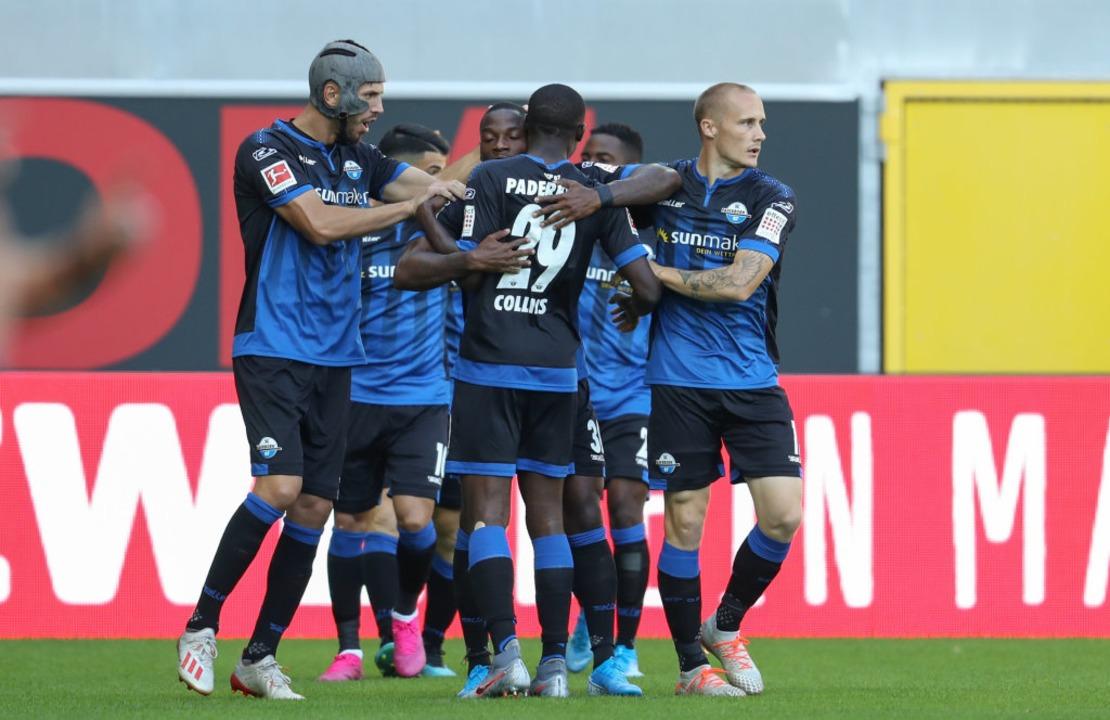 Die Paderborner hatten früh im Spiel d...burger drehten anschließend das Spiel.    Foto: Friso Gentsch (dpa)