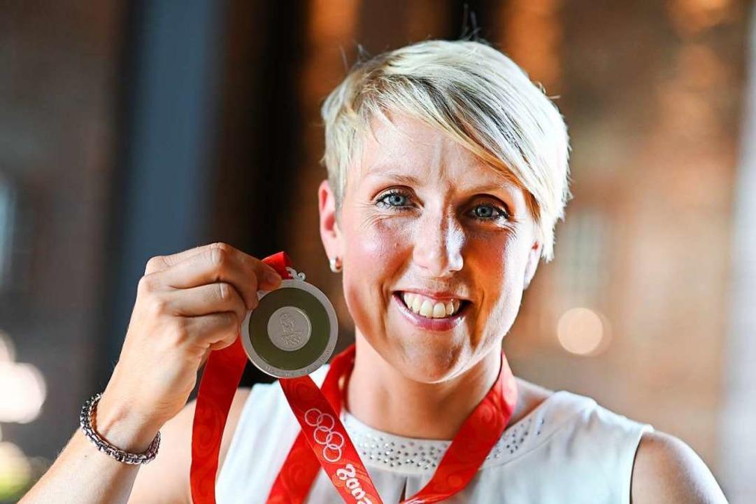 Christina Obergföll im Jahr 2019: Silber.  | Foto: Frank May (dpa)