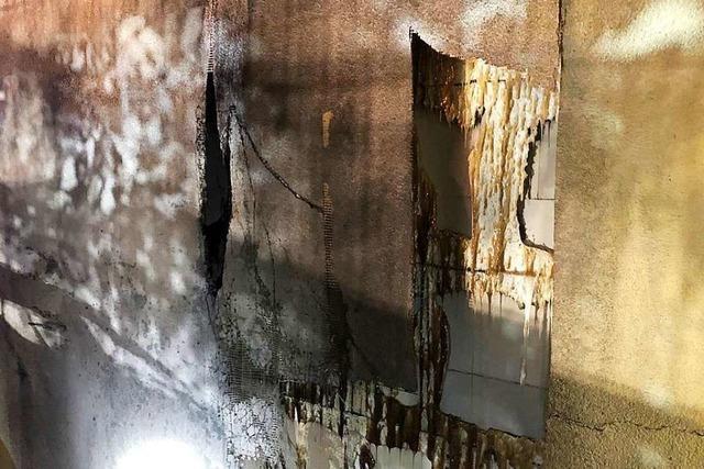 Brennendes Auto und Haus in Emmendingen: Brandstiftung nicht ausgeschlossen