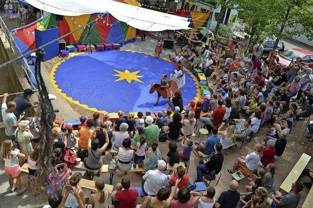 Manege frei für den Zirkus Buntes Haus