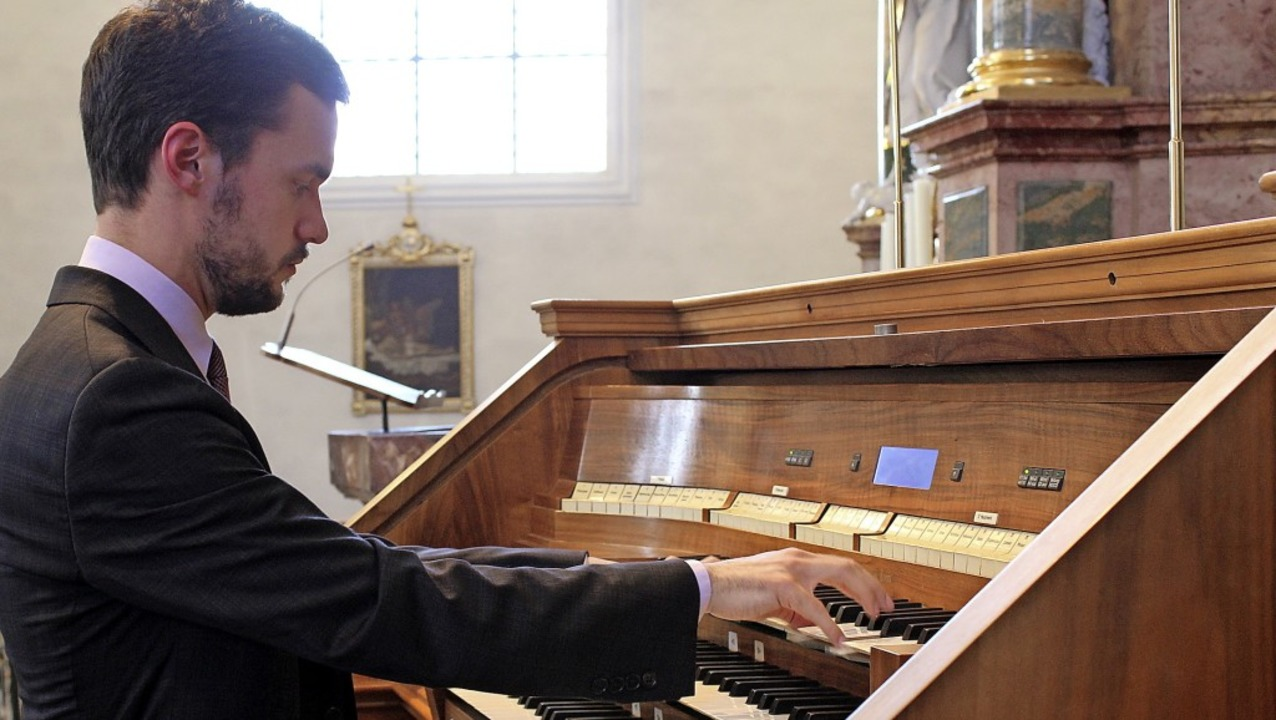 Der amerikanische Orgel-Virtuose Natha...nd erntete am Sonntag Beifallsstürme.   | Foto: Erich Krieger