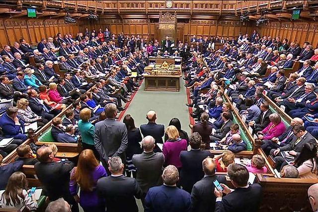 Johnson will das Parlament bis Mitte Oktober beurlauben
