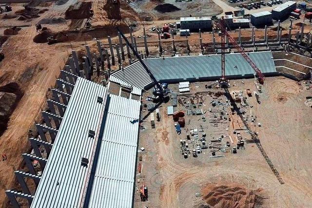 Video: Die Baustelle des SC-Freiburg-Stadions von oben