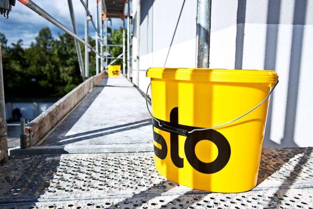 Bekannte Marke auf der Baustelle: Sto   | Foto: Martin Baitinger