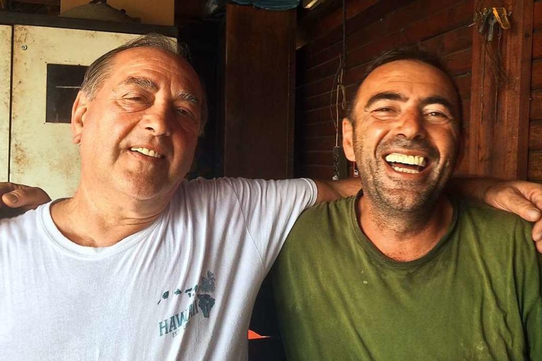 Früher Feinde, heute Freunde: Der Bosn...links) und der Serbe Milorad Tusevljak    Foto: Annemarie Rösch