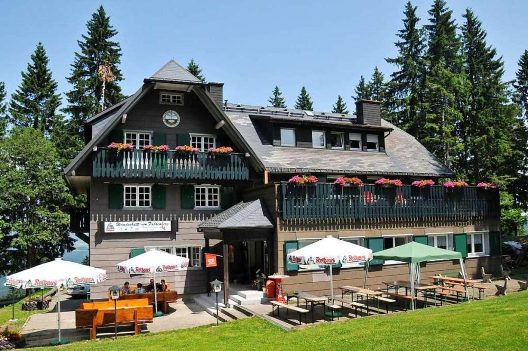Das Breitnauer Naturfreundehaus ist im...nderern und im Winter bei Skifahrern.   | Foto: honorarfrei