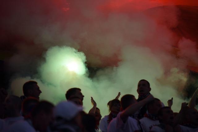 Ultras überfallen Kölner Fans nach SC-Heimspiel: Mehrere Festnahmen
