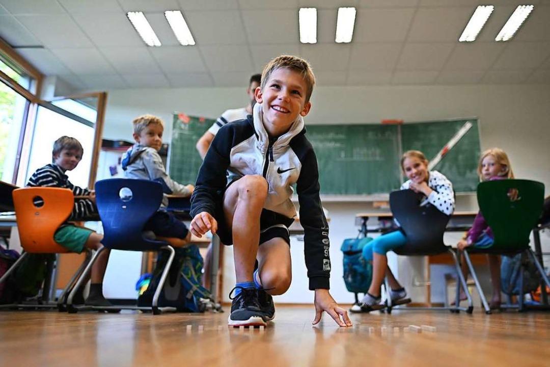 Mathematik in der Sportgrundschule der...Zahl mit vielen kleinen Holzklötzchen.  | Foto: Patrick Seeger