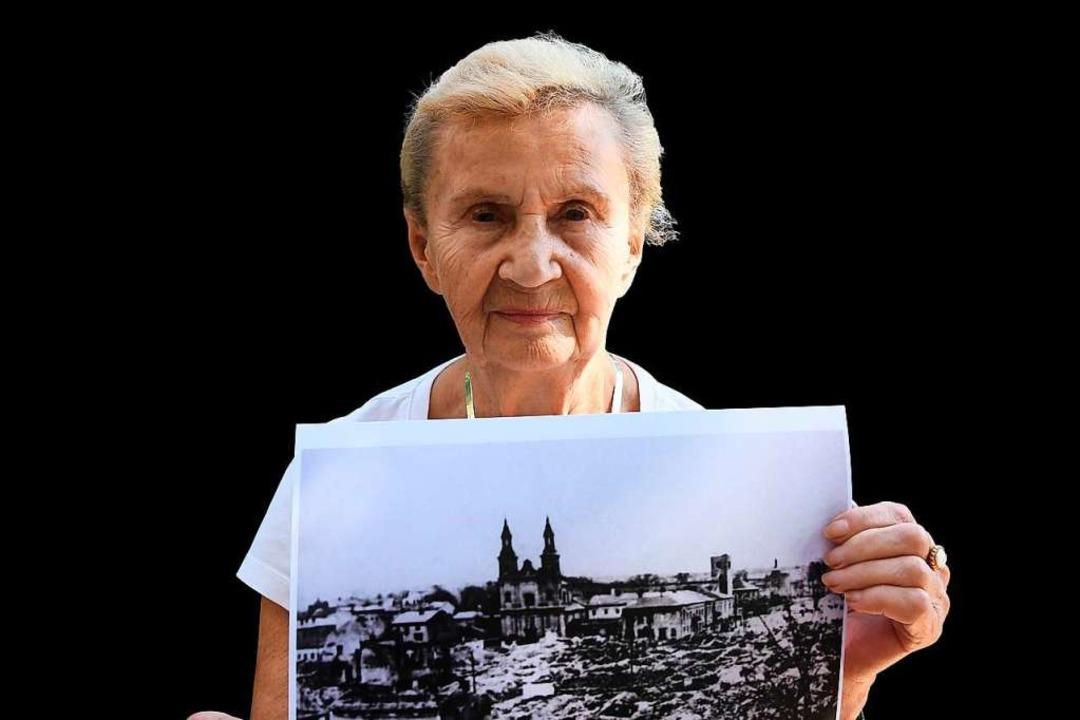 Eine der letzten Zeitzeugen: Zofia Bur...mben auf die Kleinstadt Wielun fielen.  | Foto: JANEK SKARZYNSKI (AFP)