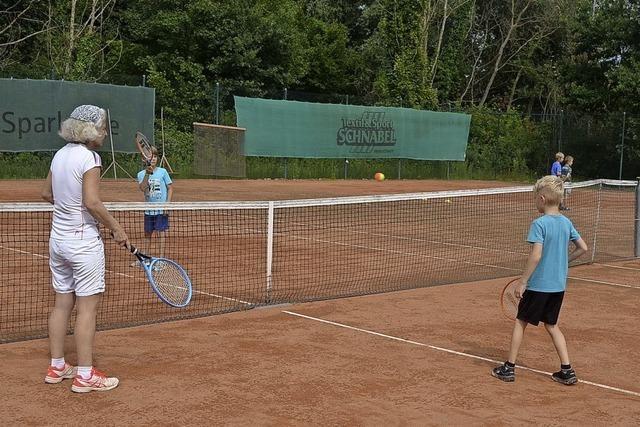 Spielerischer Tennis-Einstieg