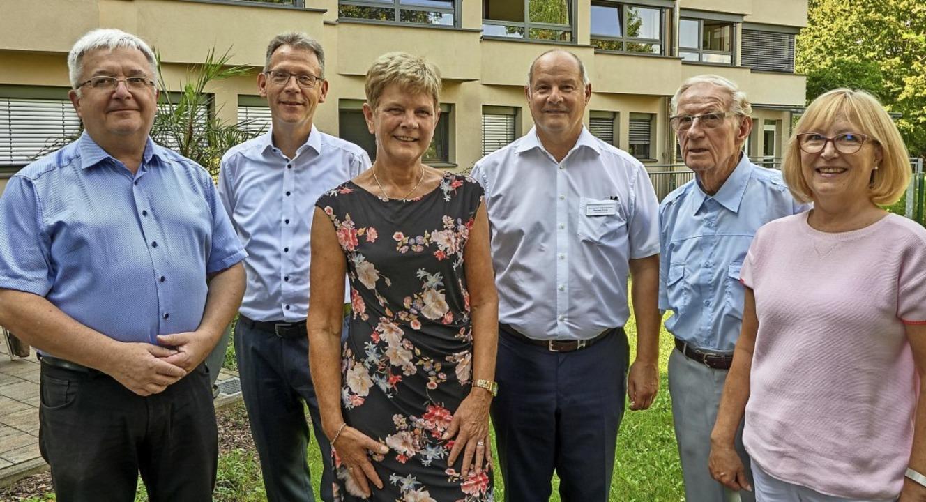 Weggefährten nehmen Abschied: Dekan Pe...derkreis St. Franziskus (von links).    | Foto: Julia Becker