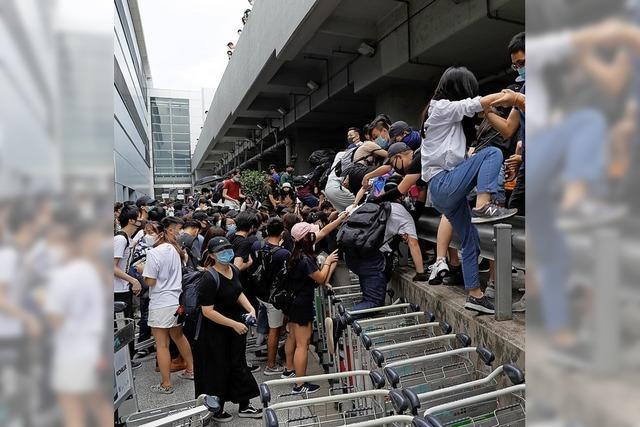 Heftige Zusammenstöße in Hongkong
