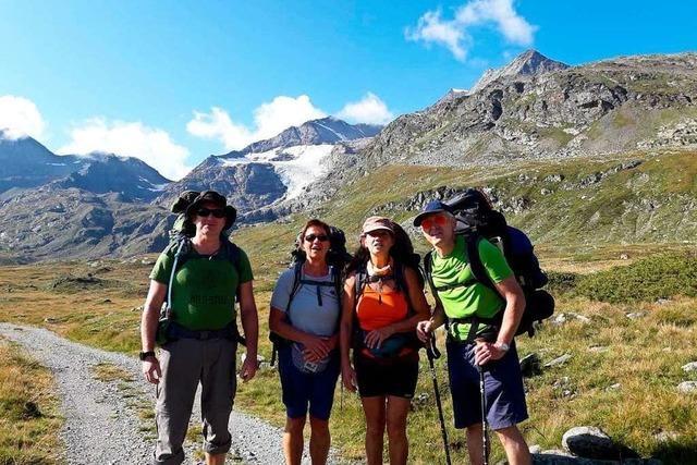 Vier Wanderer schaffen die gesamte Tour über die Alpen