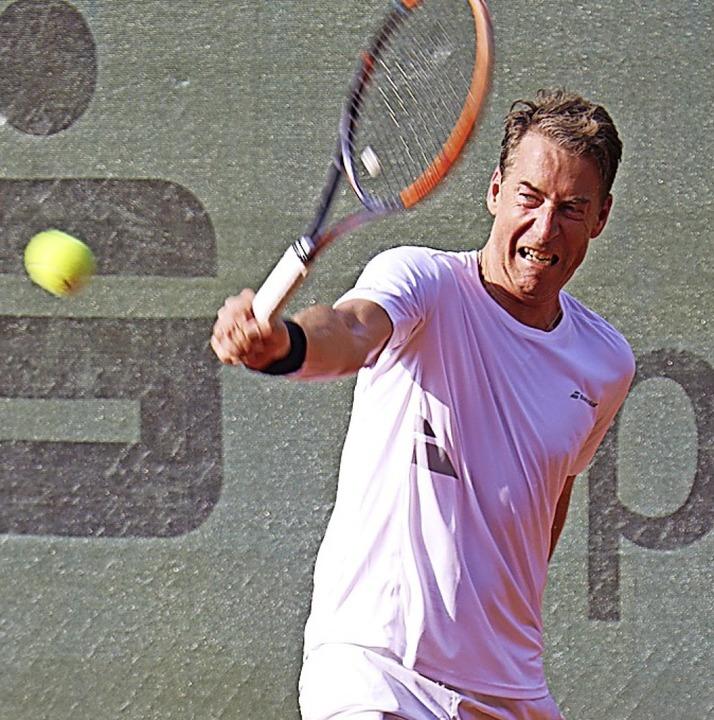 Urs Ganter aus Hinterzarten verlor trotz großer Gegenwehr bei den Senioren 45.  | Foto: Dieter Maurer