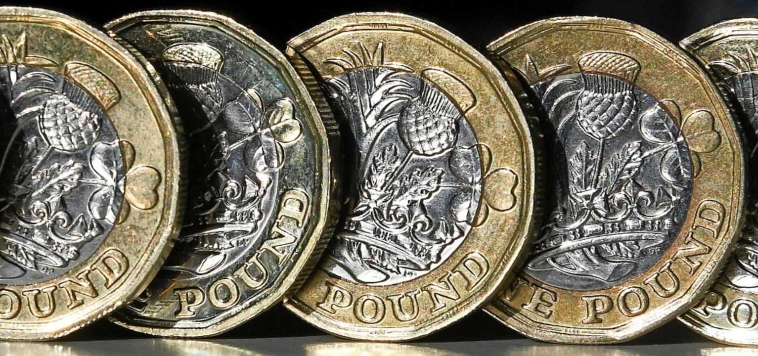 Das britische Pfund hat angesichts  de... des Brexit weiter an Wert verloren.    | Foto: DANIEL SORABJI (AFP)