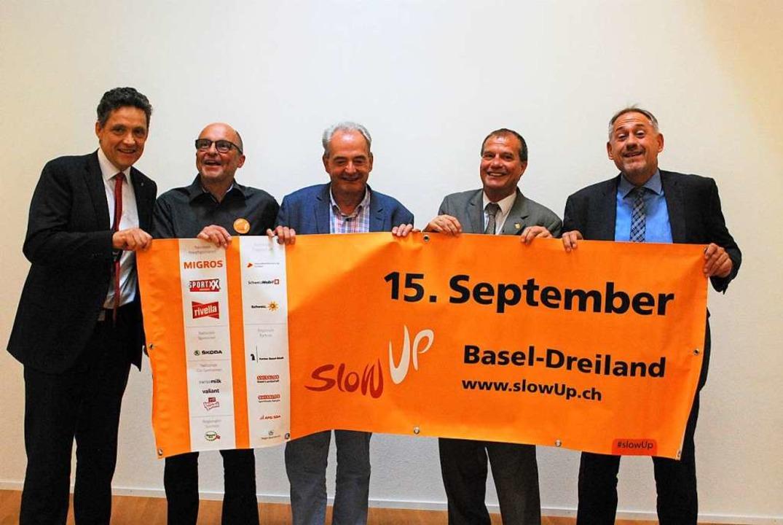 Manuel Friesecke, Wendel Hilti, Jean-M...ch auf den 13. Slow up Basel-Dreiland.  | Foto: Thomas Loisl Mink