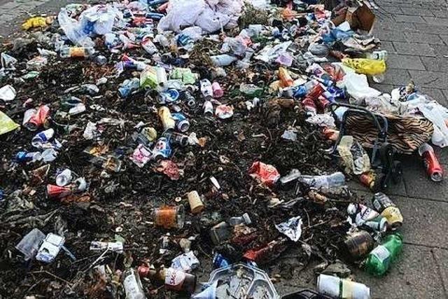 Ein Abfallhaufen setzte in Basel ein Zeichen gegen Vermüllung