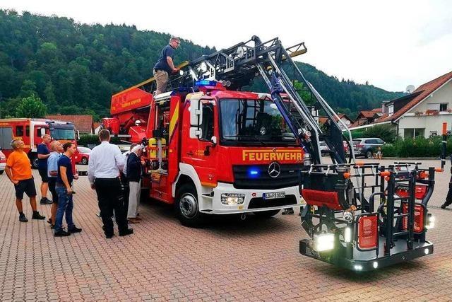 Die Schopfheimer Feuerwehr hat ein neues Fahrzeug mit Drehleiter
