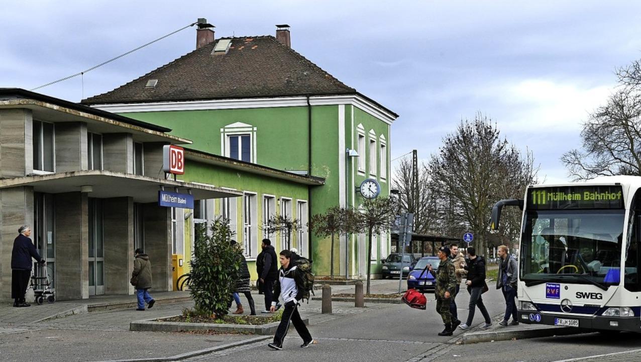 Der heutige Bahnhof wird mit dem Ausbau der Rheintalbahn verschwinden.   | Foto: Volker Münch