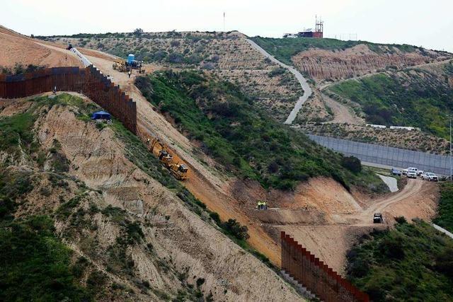 Pentagon gibt 3,6 Milliarden Dollar für Mauerbau an Grenze zu Mexiko frei
