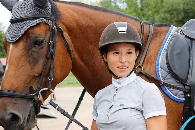 Reiterin aus Herbolzheim hat bei Turnier Platz 1, 2 und 3 belegt