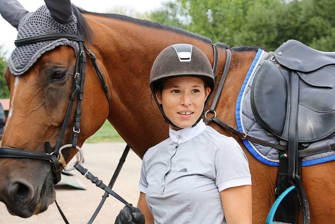 Nicole Schwarz mit Pferd Quitte S in Kenzingen  | Foto: Christiane Franz
