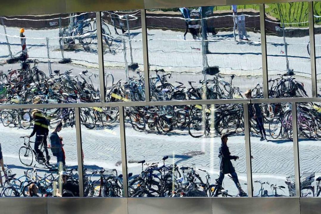 Als die provisorischen Radbügel vor de... Jetzt besteht Aussicht auf Besserung.  | Foto: Ingo Schneider