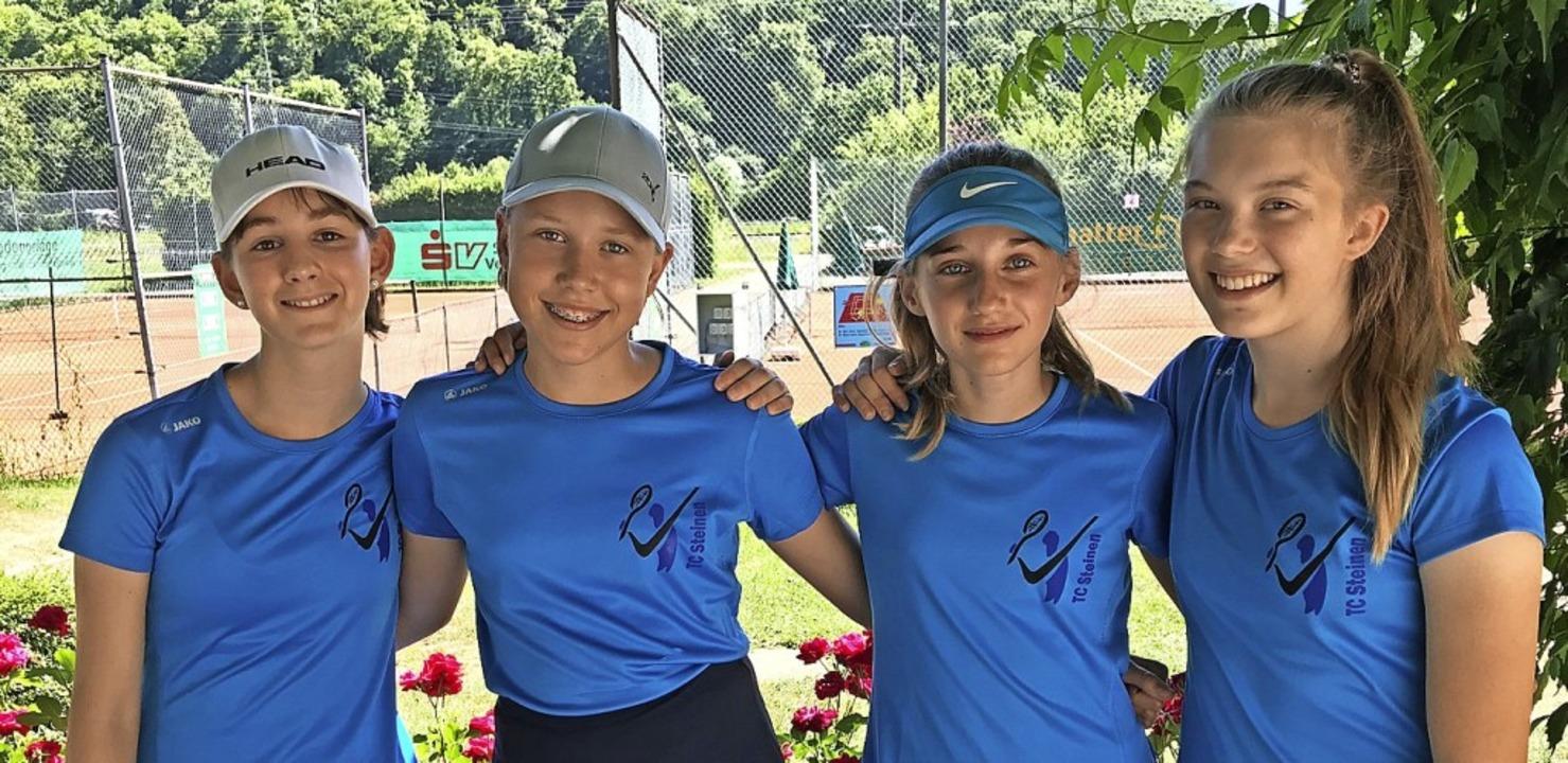<BZ-FotoAnlauf>Tennisclub Steinen:</BZ...ebrunner und Emma Messing (von links).  | Foto: Ralph Lacher