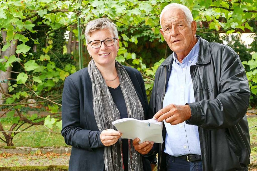 Anja Hanke und Rainer Stickelberger kritisieren das Land.  | Foto: Michael Baas