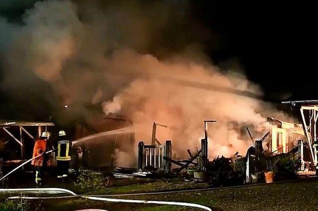 Scheune in Münchweier brennt nach Grillabend komplett nieder