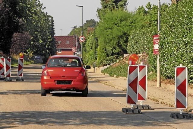Baken sollen Rasern in Vogtsburg Einhalt gebieten