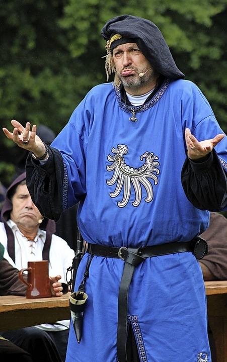 Ein bunter und lauter Haufen: Rudolf v...rschläge seiner Gefolgsmänner (links).  | Foto: Annika Sindlinger