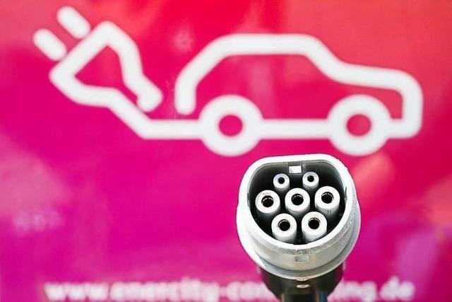 Deutsche Autofahrer bleiben bei E-Autos skeptisch