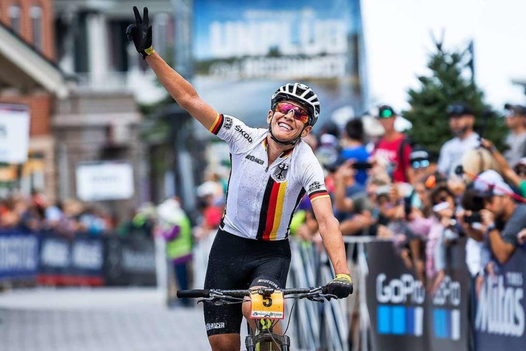 Podium gecheckt: Lexware-Mountainbiker...ten U-23-Rennen auf den dritten Platz.  | Foto: Armin M. Küstenbrück