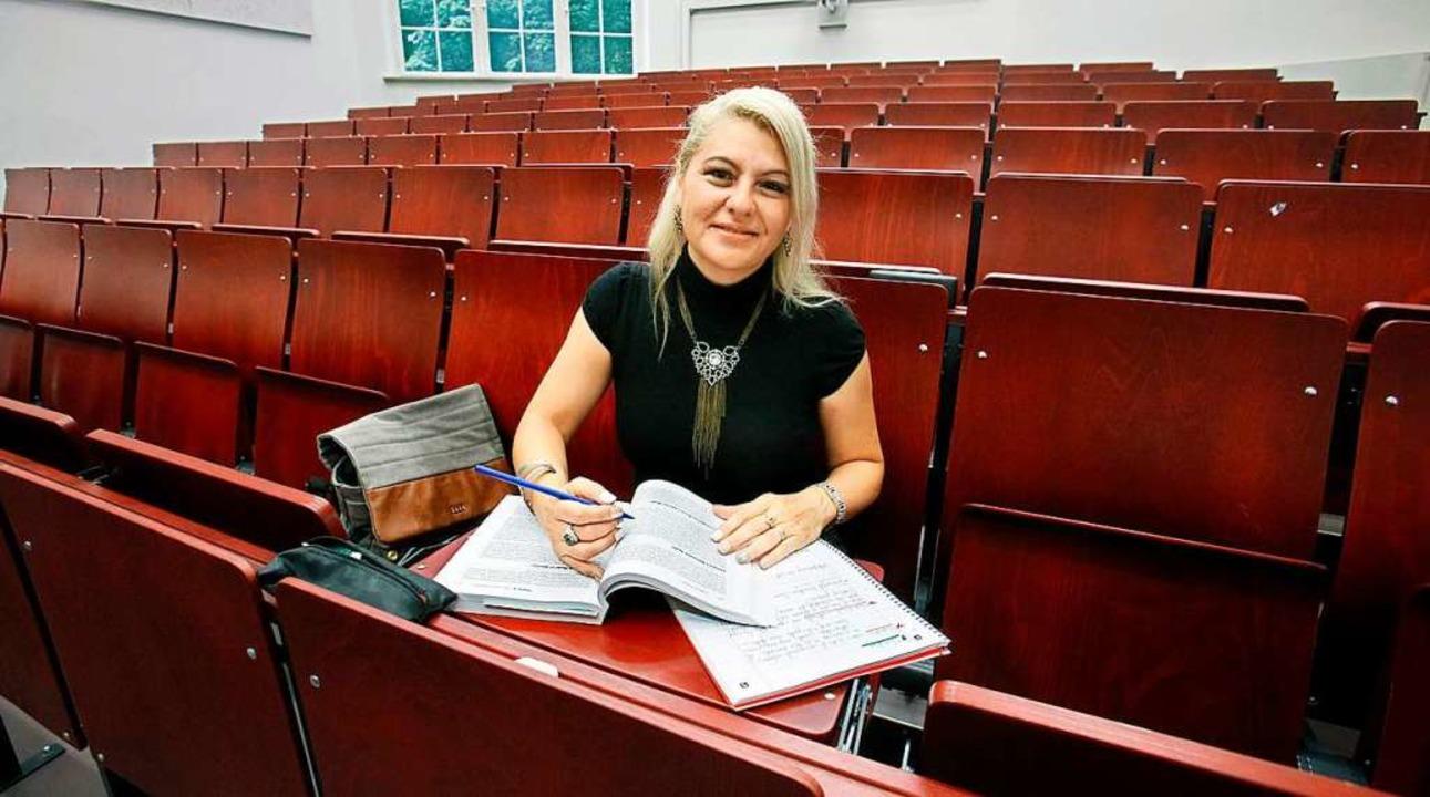 Die 49-jährige Aline Lerner ist an der...gnitionswissenschaften eingeschrieben.  | Foto: Horst Haas