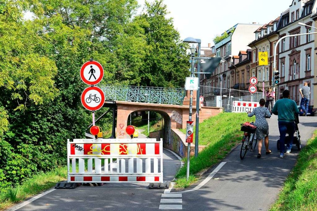 Ab Donnerstag ist der Radschnellweg FR...e als Wiedergutmachung für die Sperre.  | Foto: Ingo Schneider