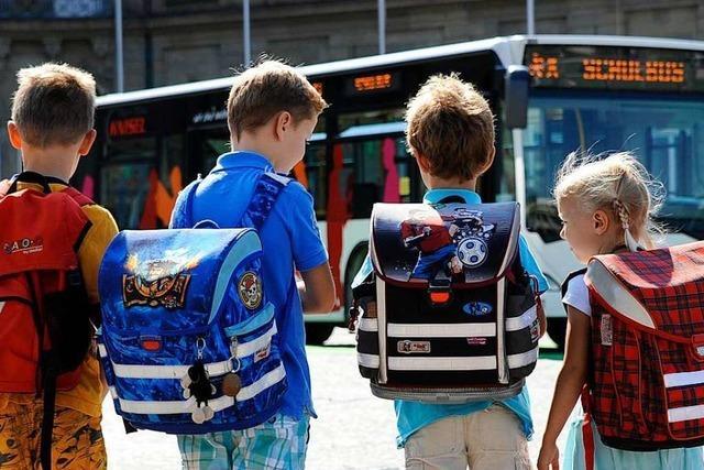 Gewerkschaft warnt: Probleme in Bus-Branche bedrohen Schulverkehr